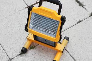 LED Bauscheinwerfer